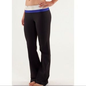 LULULEMON ATHLETICA GROOVE PANT TALL BLUE BLACK